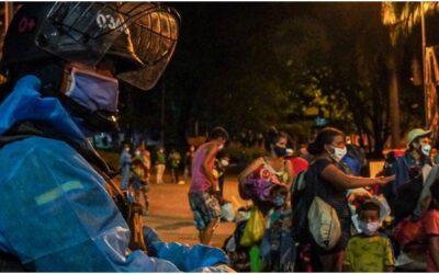 Alcaldía de Bucaramanga, tras finalizar con éxito los traslados humanitarios, recuperó el espacio público en el Parque del Agua