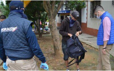 40 extranjeros que ejercían labores limpiavidrios en la ciudad fueron trasladados a su país de origen