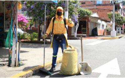 La rehabilitación e inclusión social es posible: De 'la calle' a limpiar y embellecer las calles de Bucaramanga