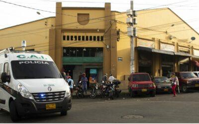 Alcaldía de Bucaramanga realizó operativo de recuperación del espacio público en las inmediaciones a la Plaza San Francisco