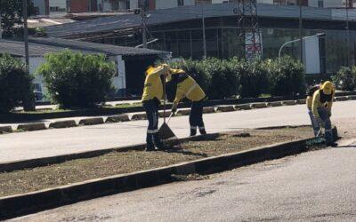 Alcaldía intensifica acciones de limpieza y aseo en el ingreso, por la zona sur, a Bucaramanga