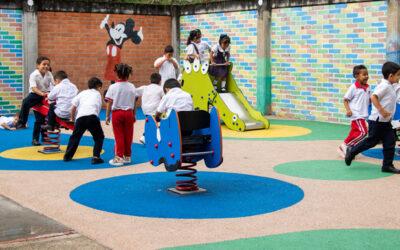 Colegio Claveriano Fe y Alegría trabajará con la UNAB en la implementación de modelo pedagógico que incentive la innovación