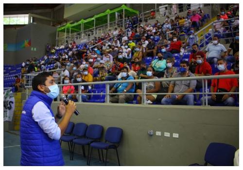 Alcaldía socializó 'Bucaramanga Mi Espacio' a los vendedores informales
