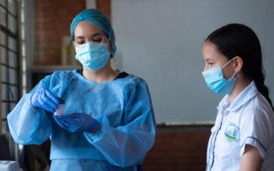 Pruebas PCR, con muestras de saliva, se realizan en colegios de Bucaramanga