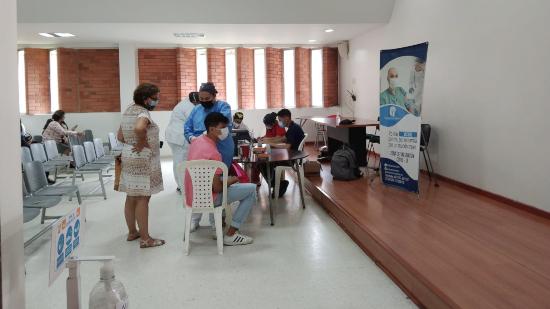 La jornada de vacunación se cumplirá en los colegios oficiales Inem, Salesiano, Dámaso Zapata, Goretti y Escuela Normal Superior.