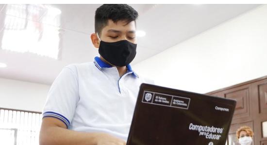 4.317 nuevos computadores entregará la Alcaldía de Bucaramanga en colegios oficiales